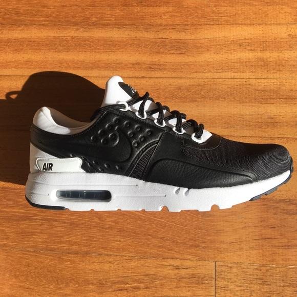 detailed look 7f4a2 c60b9 NWT Nike Air Max Zero Premium NWT